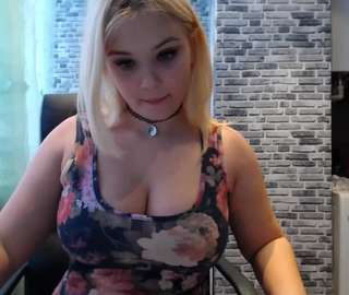 free live sex shows halden by